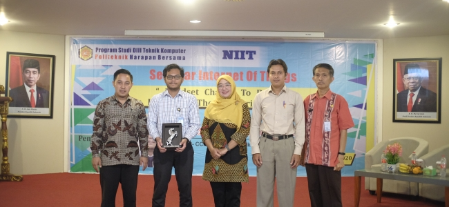 Prodi D3 Teknik Komputer PHB Adakan Seminar Internet of Things