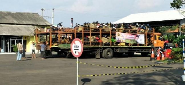 Armada Layanan Angkut Motor Pemudik Gratis Sudah Sampai di Dishub