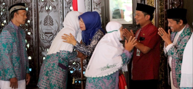 Pelepasan, Jemaah Calon Haji Diminta Doakan Kota Tegal