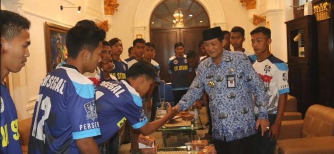 Ikuti Kejuaraan Piala Suratin, PERSEGAL Minta Doa Restu Wali Kota Tegal.