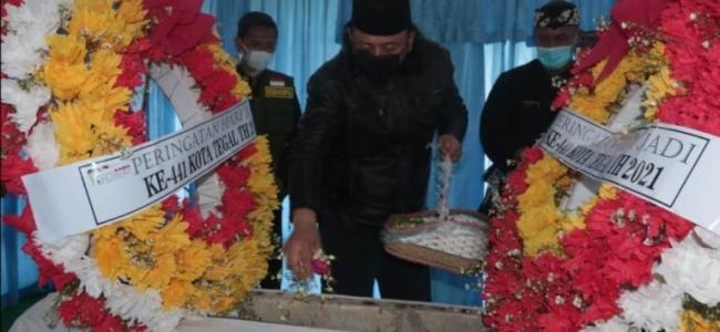 HUT Ke-441 Kota Tegal, Ziarahi Makam Pendiri Kota Tegal