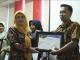 Dinsos Kota Tegal Berikan Penghargaan Kepada Pendamping PKH
